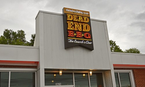 dead end bbq - restaurant - sign